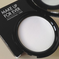 Poudre_Compacte_HD_Make_Up_For_Ever_01