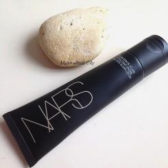 Nars- Velvet-Matte-Skin-Tint-01