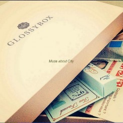 GlossyBox-Héroïne-01