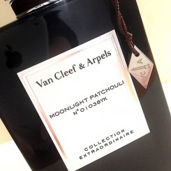 Van-Cleef-&-Arpels-Moonlight-Patchouli-Collection-Extraordinaire-1